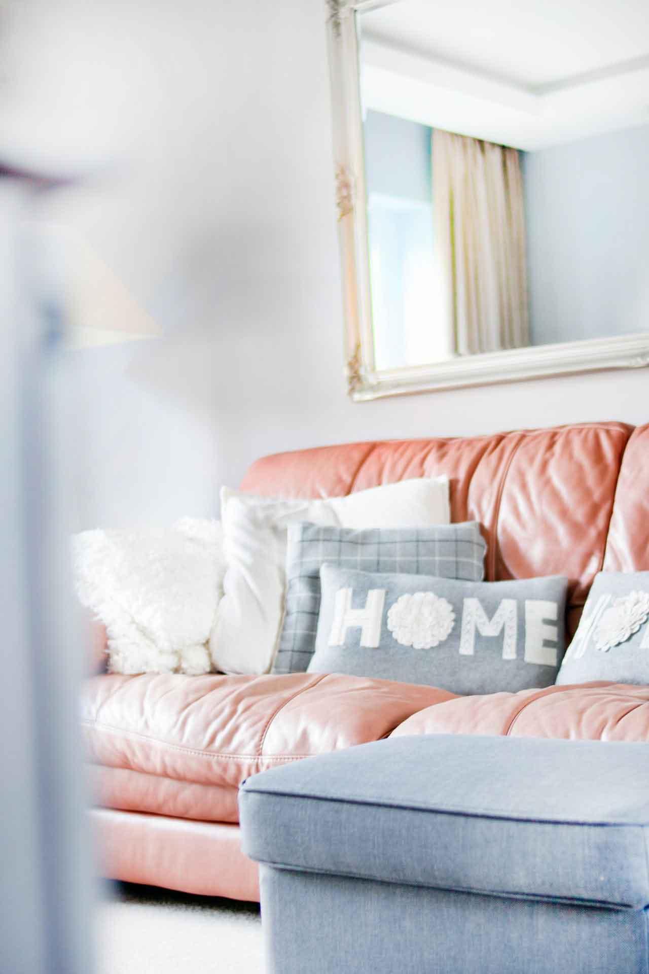 Muebles para sala pequeña y cómo organizarlos